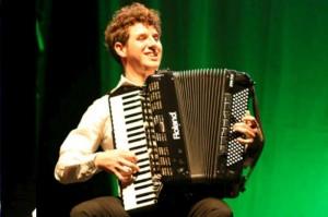 Pietro Adragna vince il V-Accordion Festival 2011